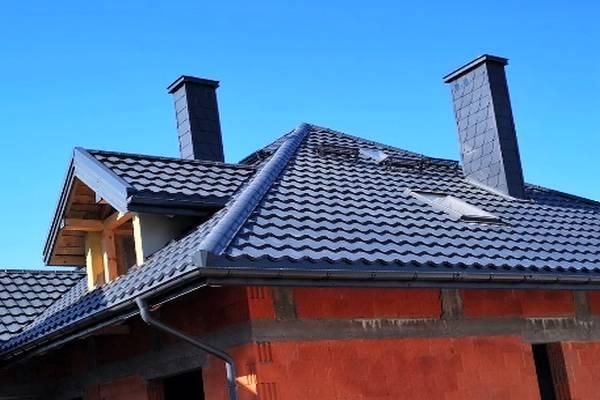 Komin na dachu pojedyńczy